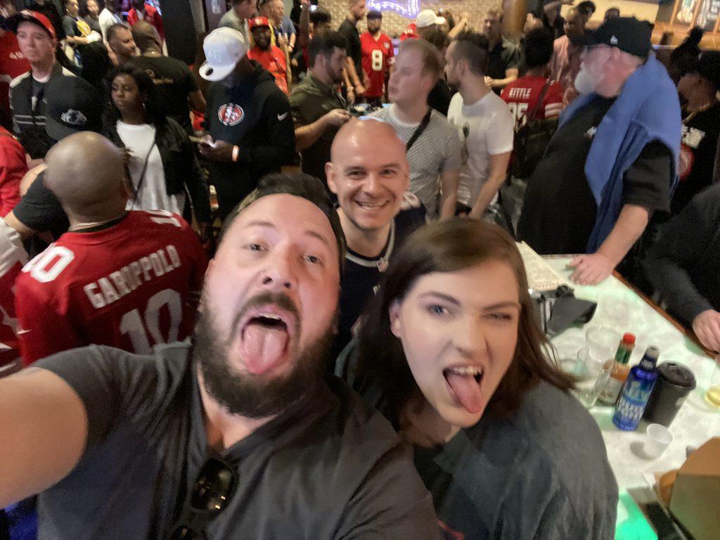 Super Bowl LIV Party im Batch mit Freunden
